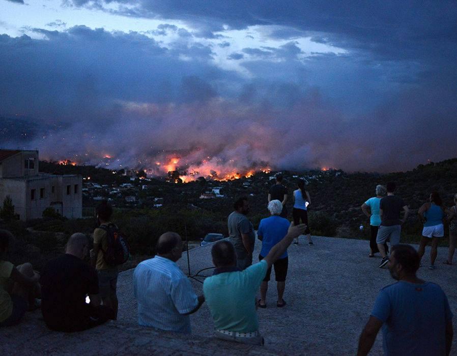 საბერძნეთის პოლიციამ ხანძრის დროს მარადიორობის ფაქტზე ოთხი ადამიანი დააკავა