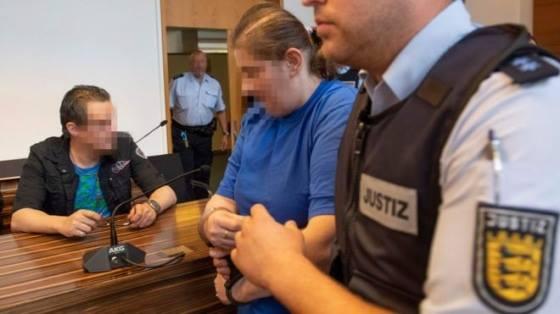 В Германии, женщине продавшей ребенка педофилам, присудили заключение
