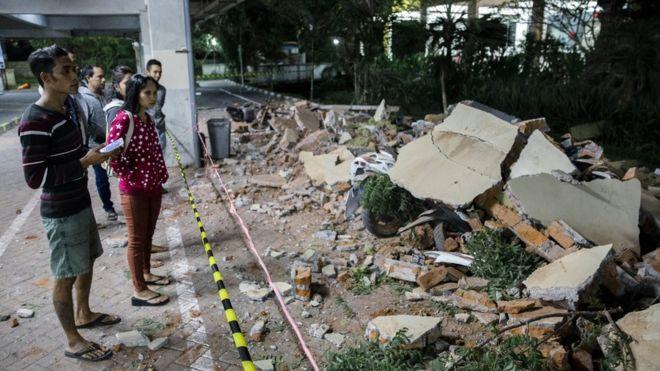 ინდონეზიაში მიწისძვრის შედეგად სულ მცირე, 39 ადამიანი დაიღუპა