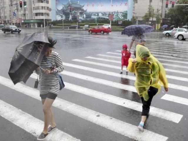 В Шанхае объявили «желтый» уровень опасности из-за тайфуна «Джондари»