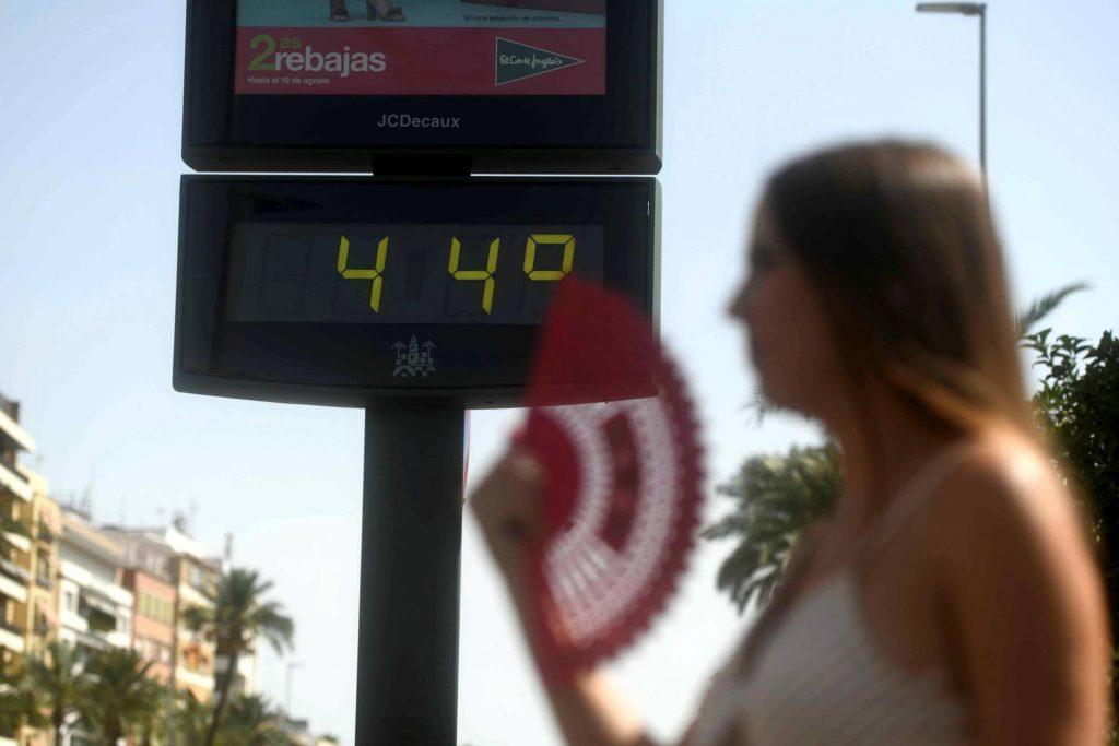 Güclü istilərə görə, Barselonada iki nəfər həlak oldu