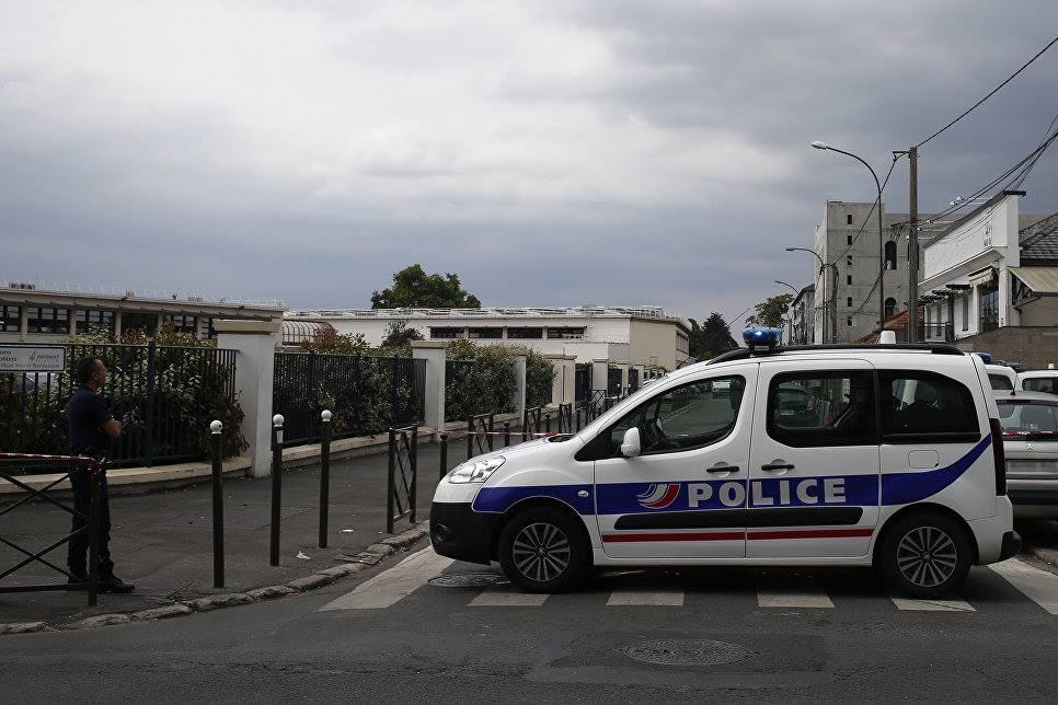 საფრანგეთში, ნორის დეპარტამენტში მდებარე ღამის კლუბთან მყოფ ხალხს ავტომობილი დაეჯახა