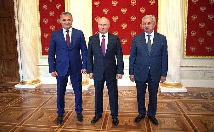 Владимир Путин - Улучшение работы контрольно-пропускных пунктов должно усилить контуры безопасности России и Абхазии