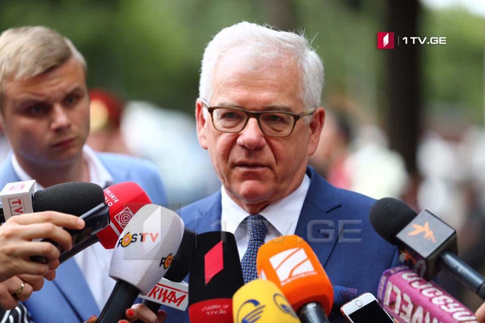 Министр иностранных дел Польши - Верим, что с помощью международного сообщества вы сможете сохранить суверенное и независимое государство
