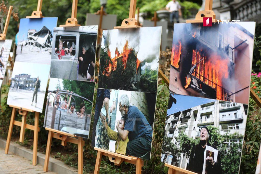 Августовская война 2008 года в объективе фотографов