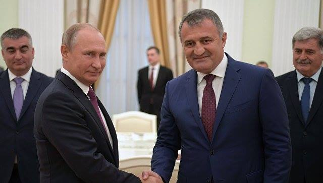 Влaдимир Путин Кремль Анaтоли Бибилов дидикылеит