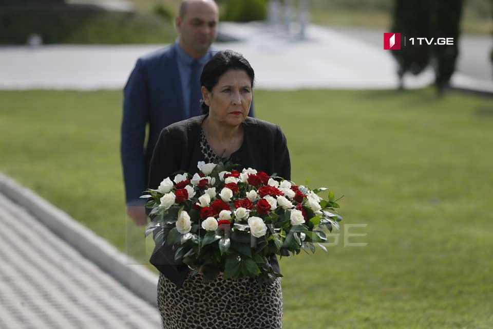 Саломе Зурабишвили – Хватит с Грузии стольких жертв, начиная с юнкеров, заканчивая Августовской войной, но незавершенной, это – война, которая продолжается