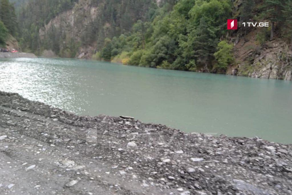 Water level rises in lake on road to Tusheti