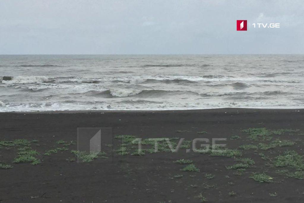 На берег в Поти море вынесло тело российского туриста