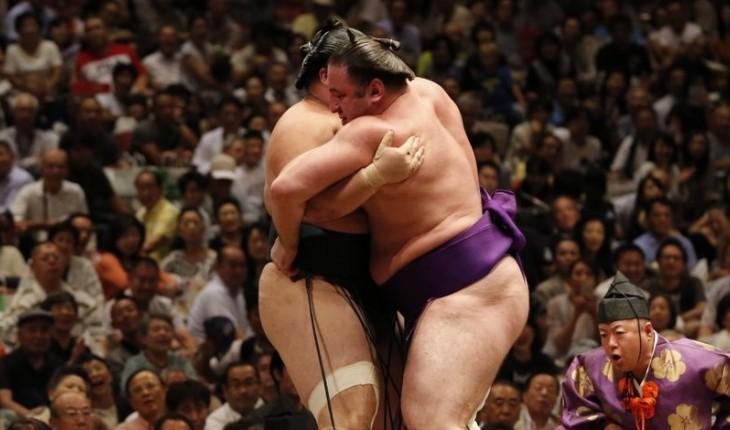 Тотиносин потерпел поражение от Митакэуми
