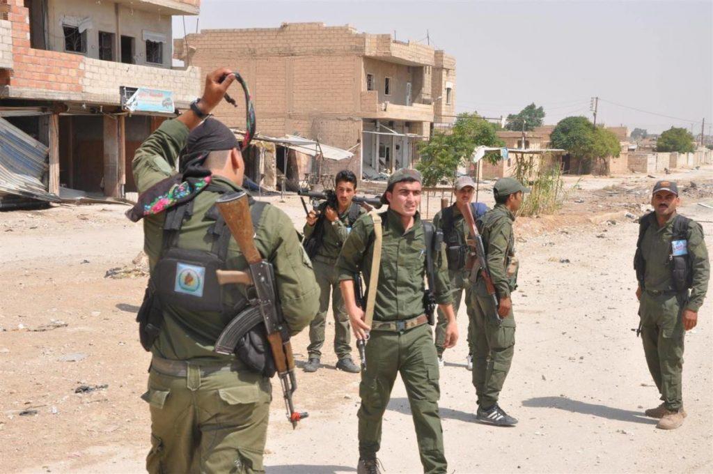სირიაში ქურთებსა და სირიელ ჯარისკაცებს შორის დაპირისპირების დროს სულ მცირე 18 პირი დაიღუპა