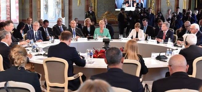 ლატვიაში ევროკავშირის 13 წევრი სახელმწიფოს ლიდერების არაფორმალური სამიტი დაიწყო