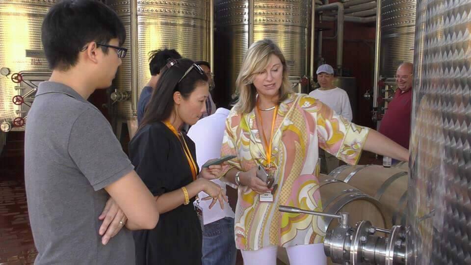 ქართლსა და კახეთს ჩინეთიდან ღვინის იმპორტიორები სტუმრობენ