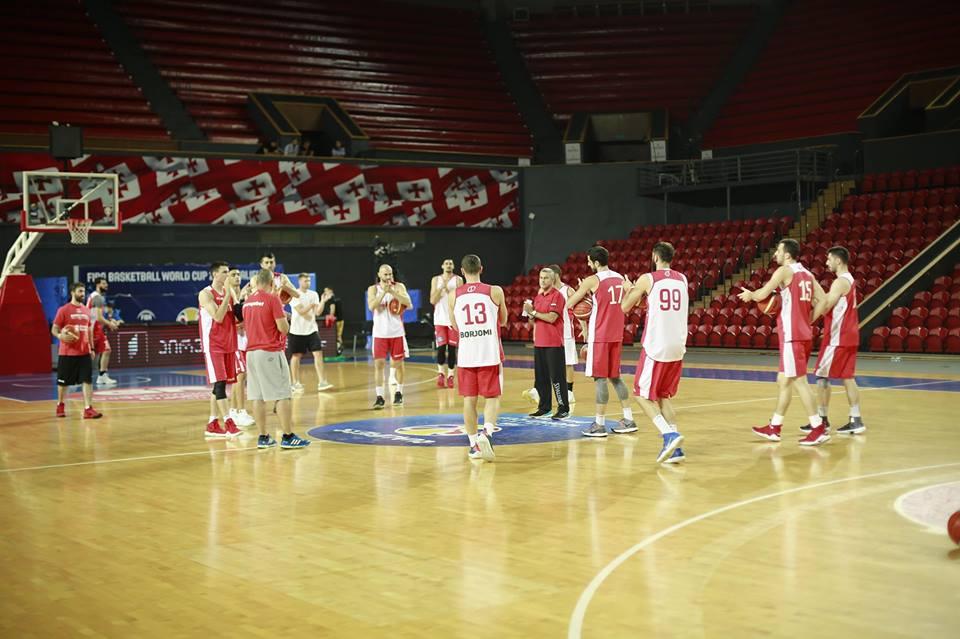 Гуырдзыстоны баскетболон къорд абон Грециимæ ахъаздзæн