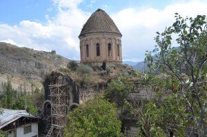 Oshki temple being rehabilitated