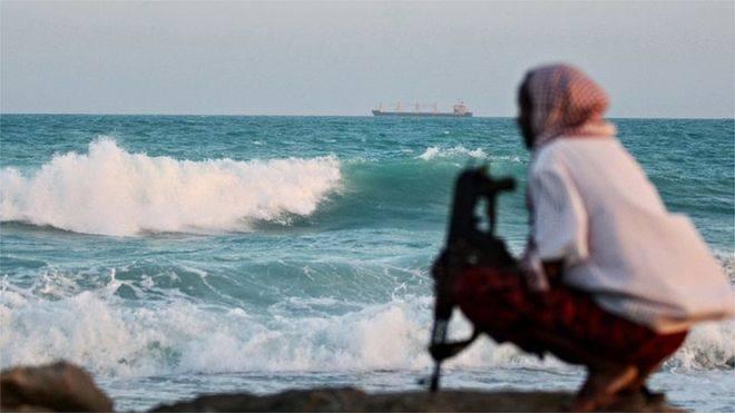 ნიგერიის სანაპიროსთან მეკობრეებმა შვეიცარიის დროშის ქვეშ მცურავი გემიდან 12 ადამიანი გაიტაცეს