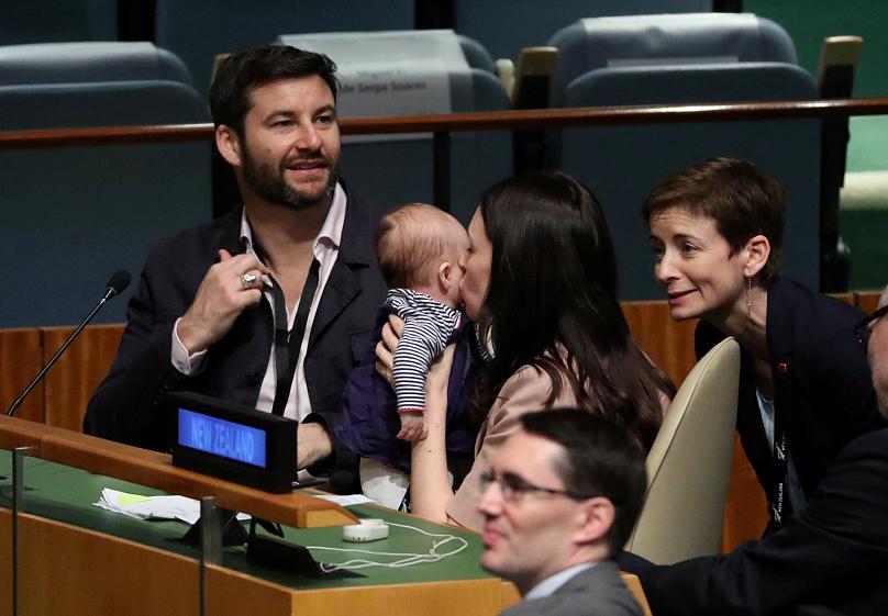 ახალი ზელანდიის პრემიერი გაერო-ს გენერალურ ასამბლეაზე ახალშობილ შვილთან ერთად მივიდა