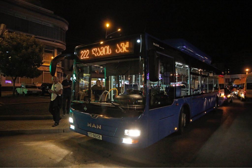 """გლდანიდან ვარკეთილის მიმართულებით """"ღამის ავტობუსი"""" №222 მგზავრებს უკვე ემსახურება"""