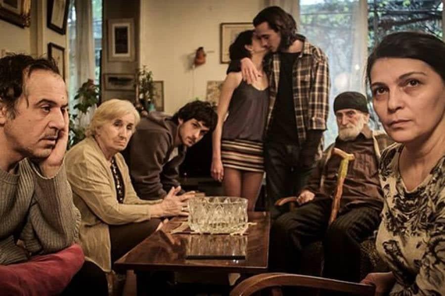 Фильм «Моя счастливая семья» может получить дополнительное финансирование в рамках программы «Снимай в Грузии»