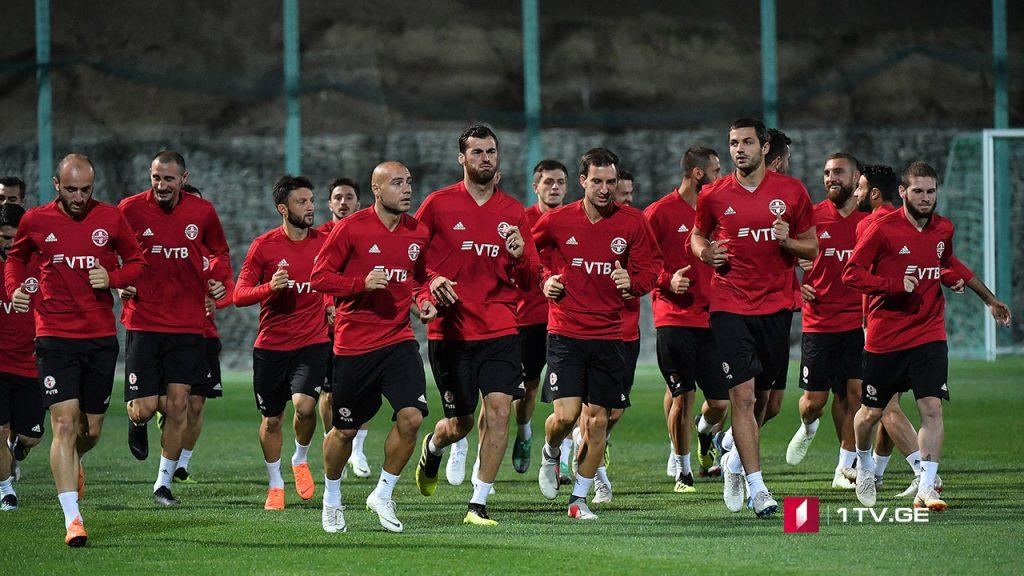 Сборная Грузии по футболу сегодня встретится с Латвией
