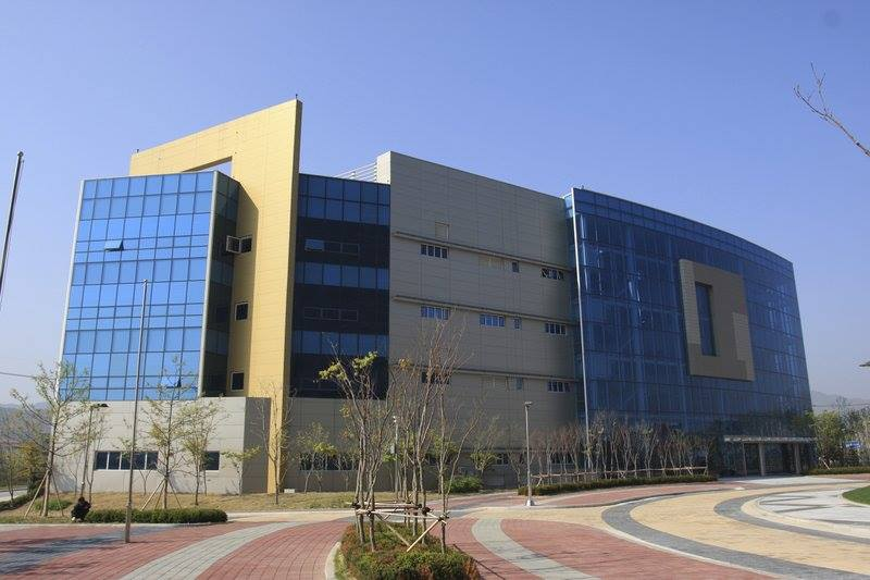 Южная Корея и КНДР открыли офис связи