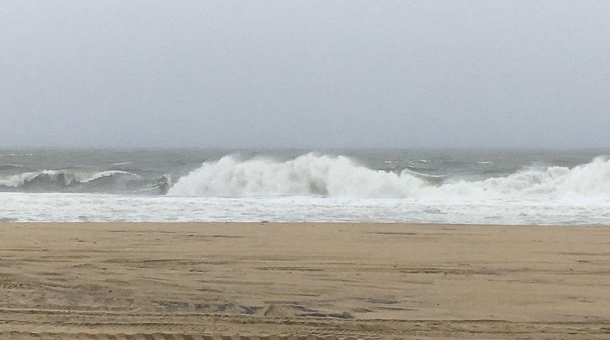 """აშშ-ისსამხრეთ-აღმოსავლეთ სანაპიროზე ქარიშხალ """"ფლორენსის"""" გამო 190 ათასამდე მოსახლე ელექტროენერგიის გარეშე დარჩა"""