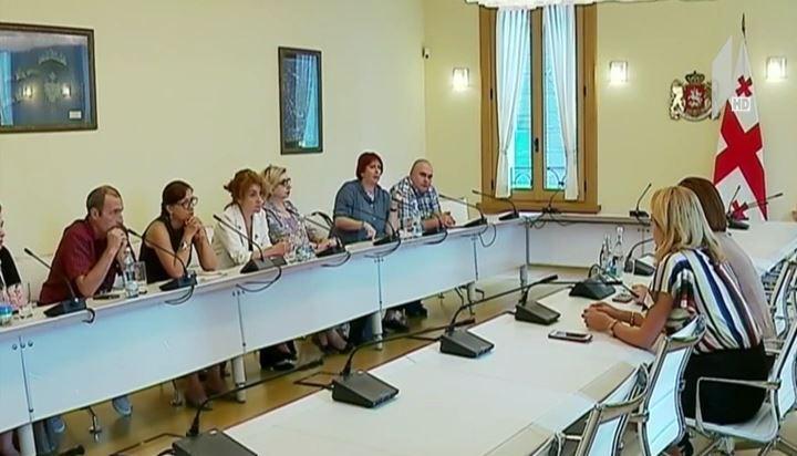 Представители профсоюза Общественного вещателя встретились с советниками президента