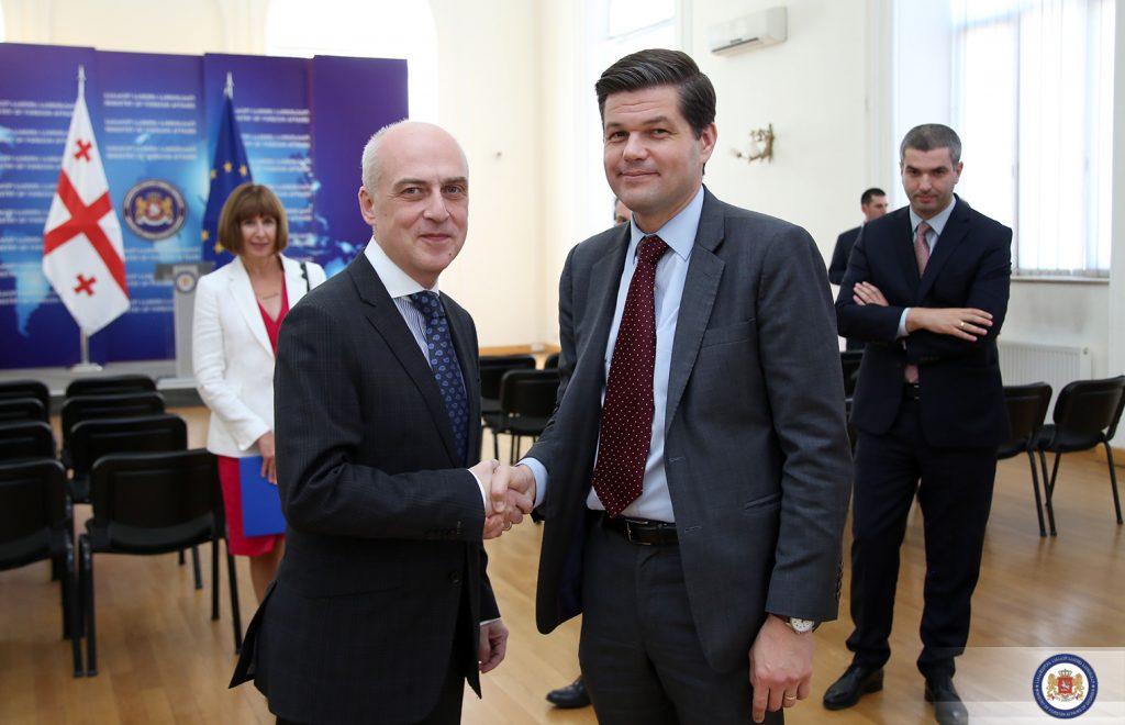 Давид Залкалиани встретился с помощником госсекретаря США по делам Европы и Евразии Уэссом Митчеллом