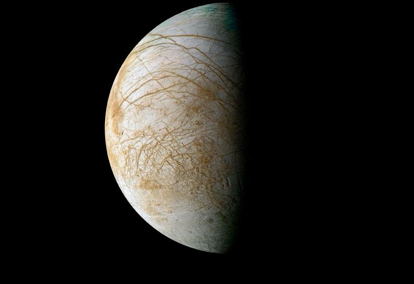 იუპიტერის მთვარე ევროპა ყინულის გიგანტური სვეტებითაა დაფარული - ახალი კვლევა