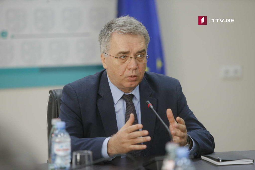 Davit Sergeenko calls on population for vaccination against flu