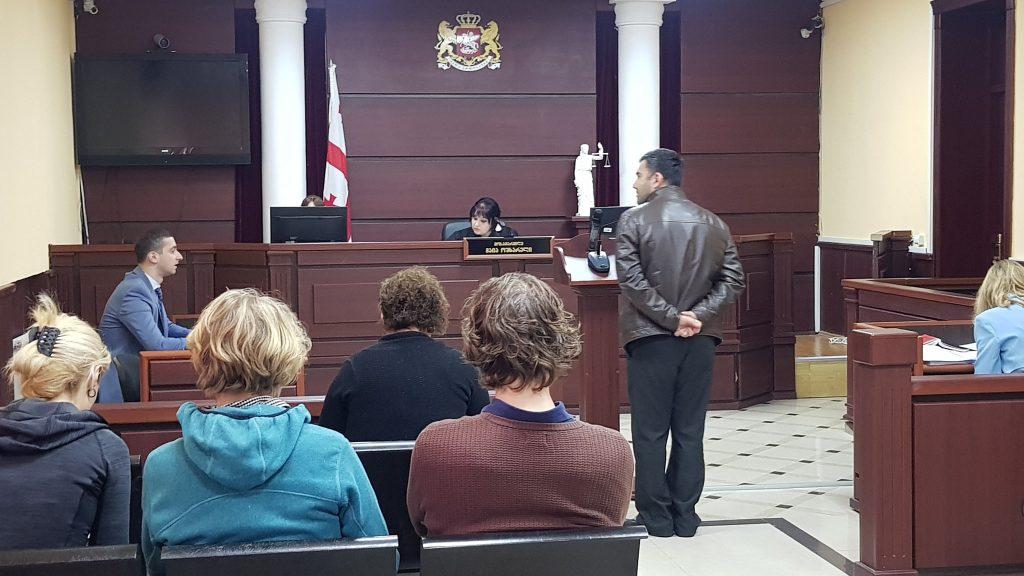მცხეთის რაიონულ სასამართლოში არჩილ ტატუნაშვილის წამების საქმეზე სასამართლო პროცესი მიმდინარეობს