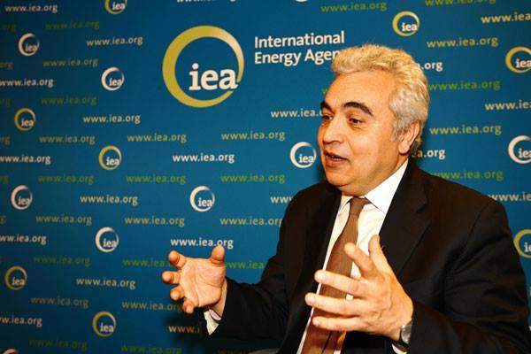 საერთაშორისო ენერგეტიკული სააგენტო - ნავთობის მაღალი ფასი მომხმარებელს აზარალებს და საწვავზე მოთხოვნას ამცირებს