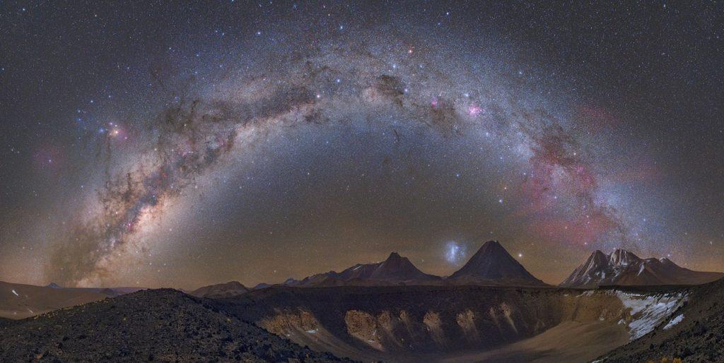 ირმის ნახტომი ვარსკვლავებით სხვა გალაქტიკასთან კატასტროფულმა შეჯახებამ აავსო - ახალი კვლევა