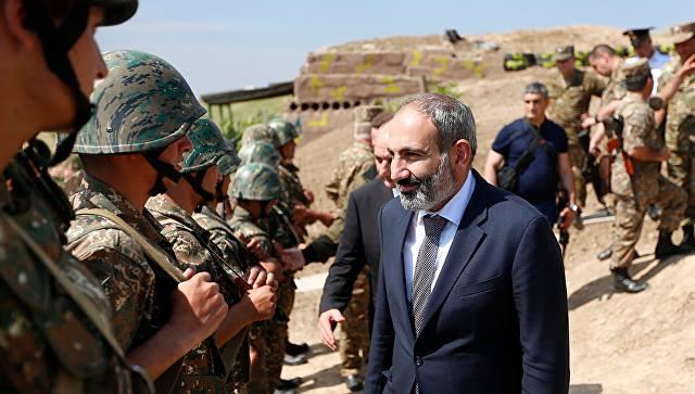 Никол Пашинян встретился с де-факто президентом непризнанного Нагорного Карабаха Бако Саакяном