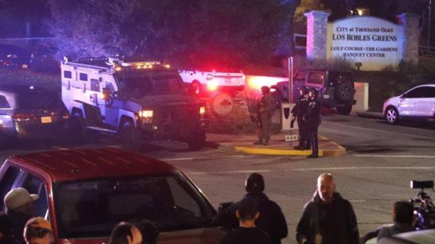 კალიფორნიის ერთ-ერთ ბარში მომხდარი სროლის შედეგად, 12 ადამიანი დაიღუპა
