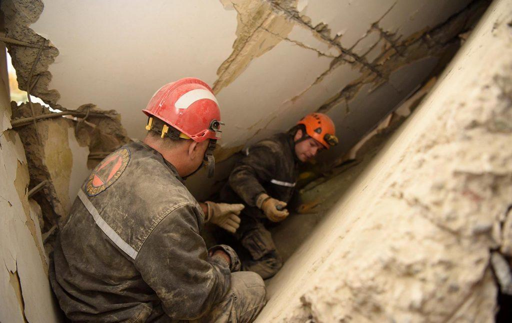 Спасатели нашли тело ребёнка в завалах в доме в Земо Поничала