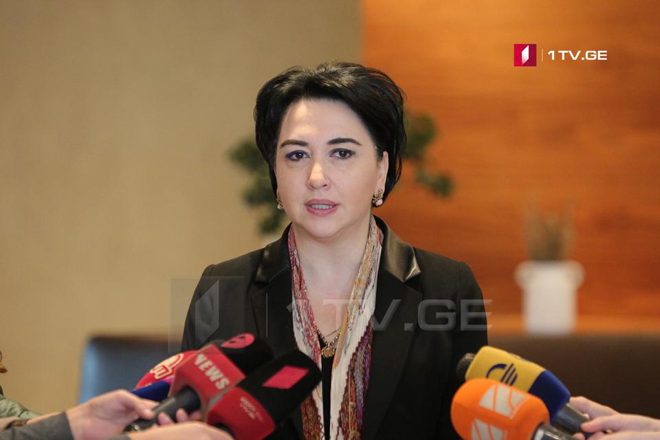 Эка Беселия – Отзыв Гедевана Попхадзе из комитета по юридическим вопросам от имени фракции является карательным актом со стороны Мдинарадзе