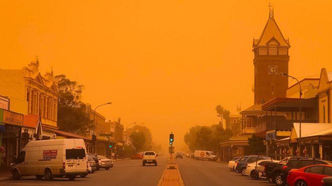 ავსტრალიას გიგანტურმა მტვრის ქარიშხალმა გადაუარა