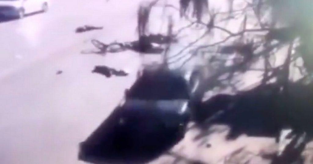 Չինաստանում մեքենան բախվել է դպրոցի մոտակայքում գտնվող երեխաների ամբի հետ