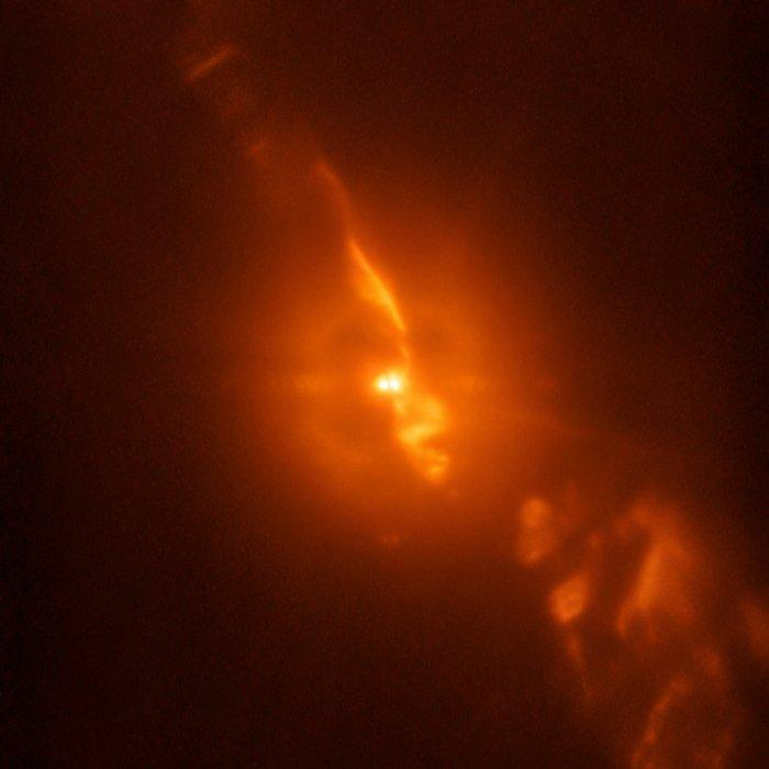 როგორ ანადგურებს ორი ვარსკვლავი ერთმანეთს - განსაცვიფრებელი ფოტო