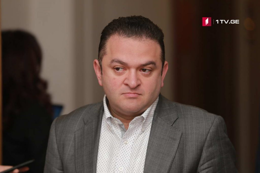 Гедеван Попхадзе - Оппозиция хочет перенести улицу в парламент