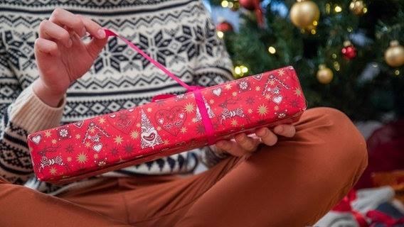 გერმანიაში ბავშვმა, რომელსაც თოვლის ბაბუის საჩუქრები არ მოეწონა, პოლიცია გამოიძახა