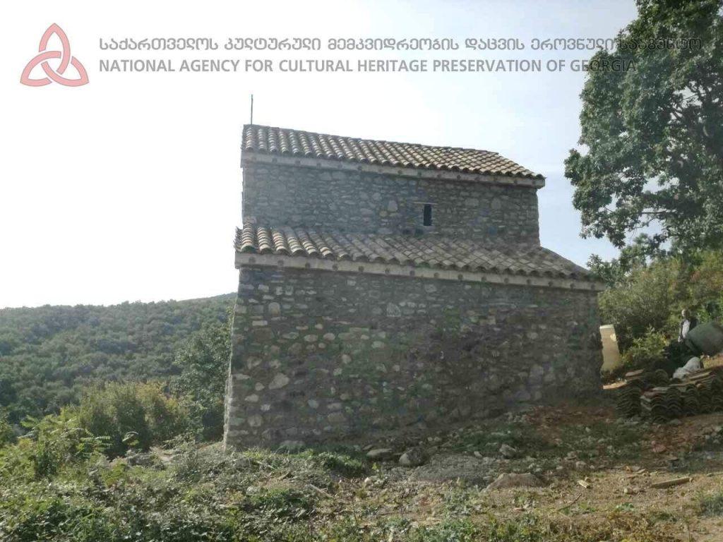 გურჯაანში, სოფელვეჯინის წმინდა გიორგის სახელობის ეკლესიას რეაბილიტაცია ჩაუტარდა