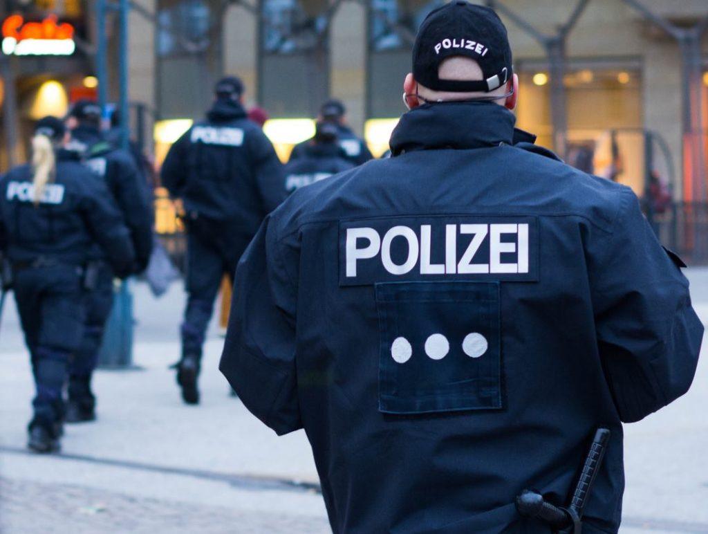 გერმანიაში დააკავეს პროგრამისტი, რომელმაც პოლიტიკოსების პირადი მონაცემები მოიპოვა და გაასაჯაროვა