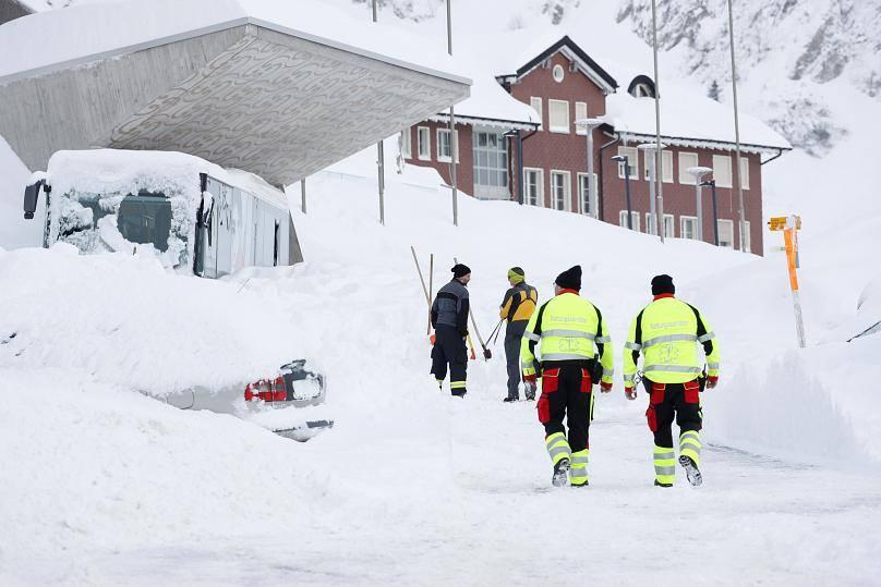 ცენტრალურ და სამხრეთ ევროპაში დიდთოვლობას ებრძვიან - დაღუპულია 21 ადამიანი