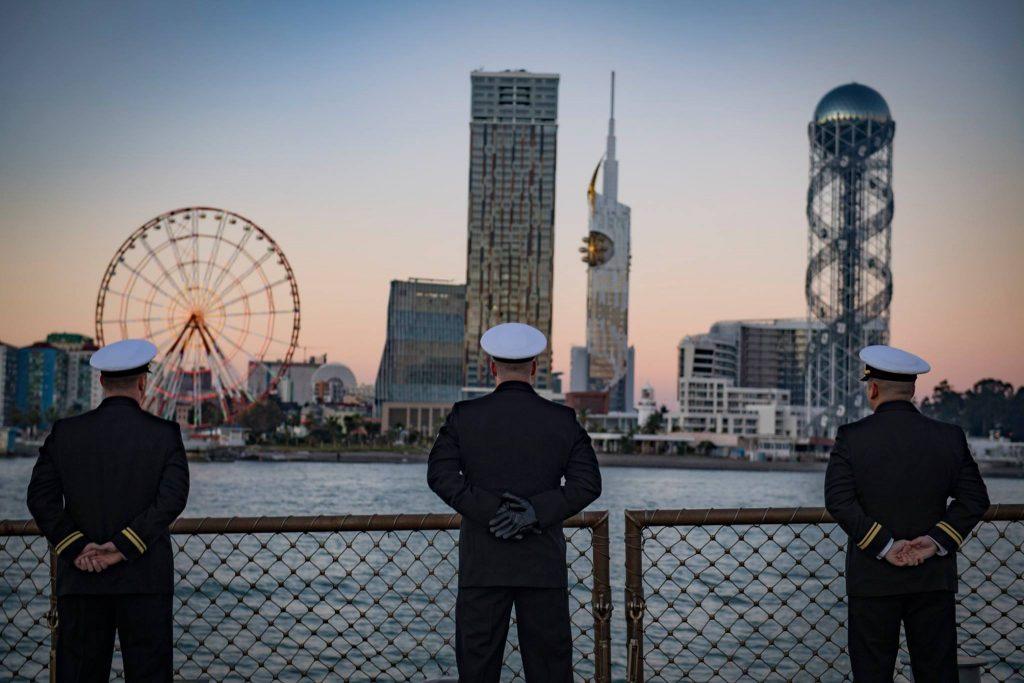 Посольство США - Прибытие американского корабля в Батуми подчеркивает роль США в сфере коллективной безопасности союзников НАТО