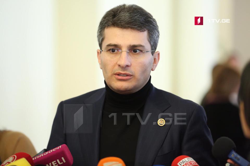 Mamuka Mdinaradze says Gedevan Popkhadze has already left the majority