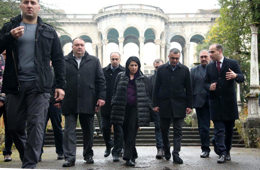 Президент Грузии осмотрела в Цкалтубо туристическую инфраструктуру (фото)