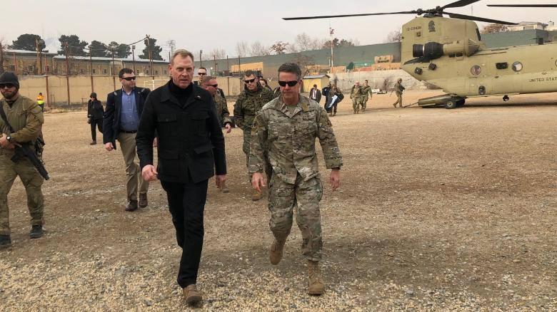 И.о секретаря обороны США неожиданно отправился с визитом в Афганистан
