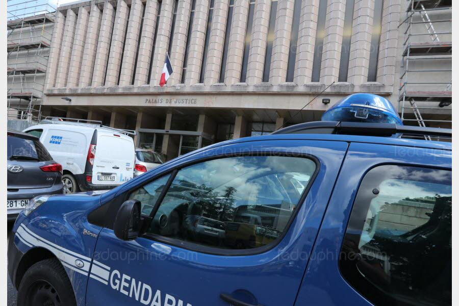 Two Georgian citizens arrested in France